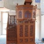Mimbar Masjid Ukir Kerawang Tangga
