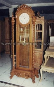 Jam Hias Simple Kayu Jati